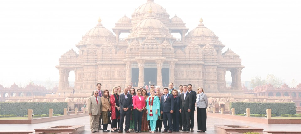 At Swaminarayan Akshardham in New Delhi, Premier Wynne with the Ontario delegation