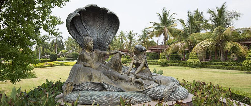 Swaminarayan Akshardham, Gujarat: Garden - Sheshshayi