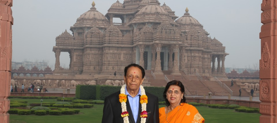 The Rt. Hon Sir Anerood Jaugnuth, Mauritius Prime Minister and The Rt. Hon. Lady Jugnauth, First Lady of Mauritius at Swaminarayan Akshardham in New Delhi