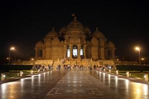 10th Annual Earth Hour Celebrated at Swaminarayan Akshardham in New Delhi
