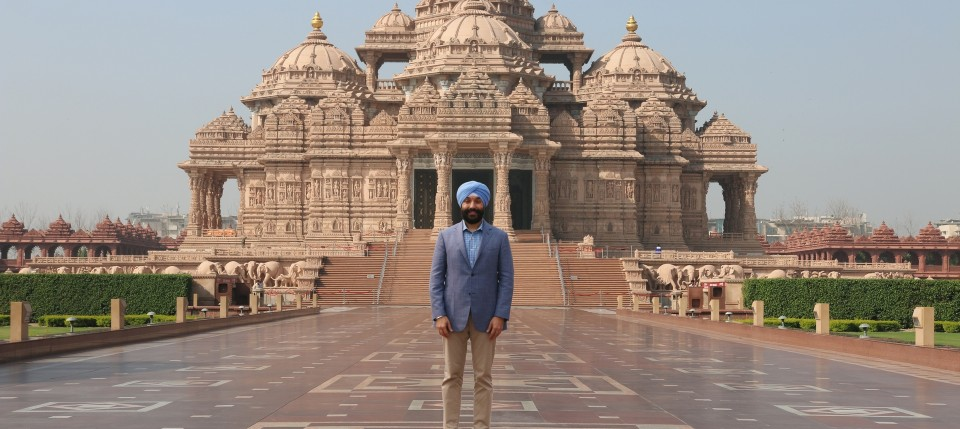Honourable Canandian Minister of Innovation, Science & Economic Development Navdeep Bains at Swaminarayan Akshardham in New Delhi