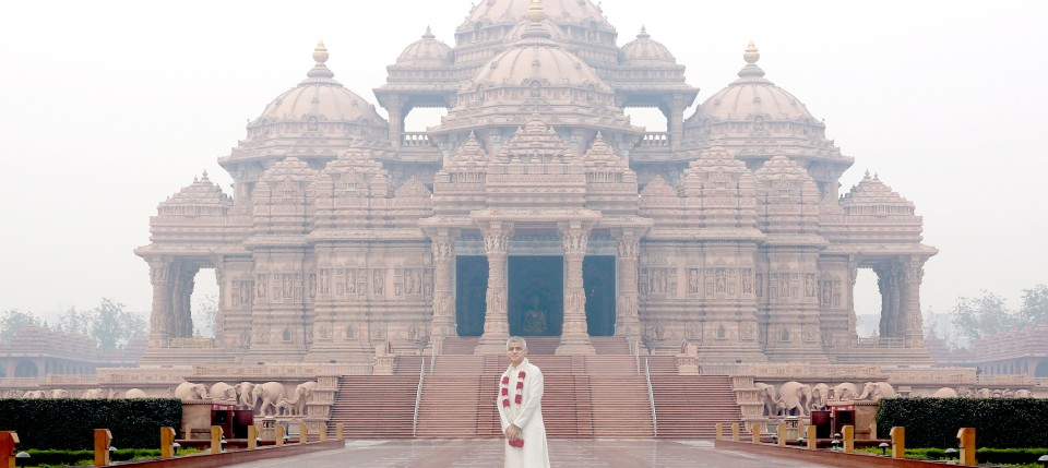 London Mayor Sadiq Khan Visits Swaminarayan Akshardham, New Delhi