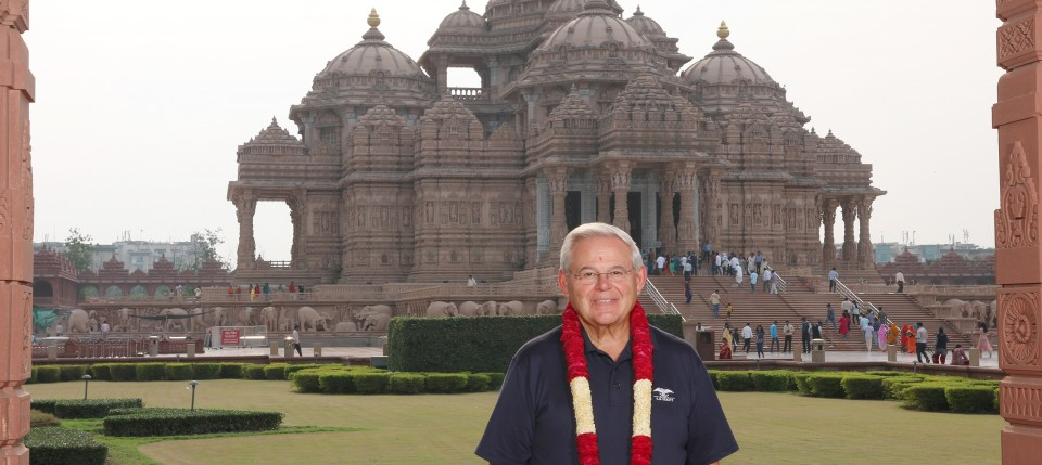 United States Senator Bob Menendez of New Jersey visits Swaminarayan Akshardham in New Delhi